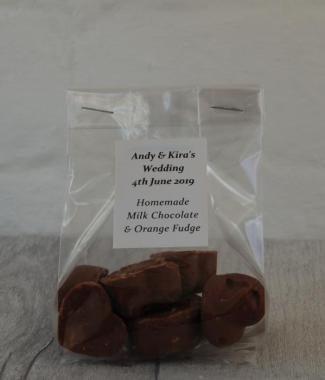 Milk-Chocolate-Fudge-Sample-Wedding-Gift-Bag-Wedding-Favours-Homemade-Oast-House-Gifts