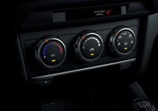 2017-Mazda6_Detail_Heater-Manual-#08_lowres