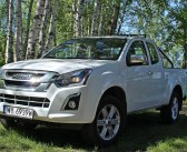 Isuzu D-Max MY17 1.9 Ddi 4×4 AT – Twardziel w garniturze | TEST