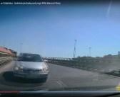 VIDEO | Kobieta jadąca pod prąd wiaduktem w Gdańsku powoduje kolizję