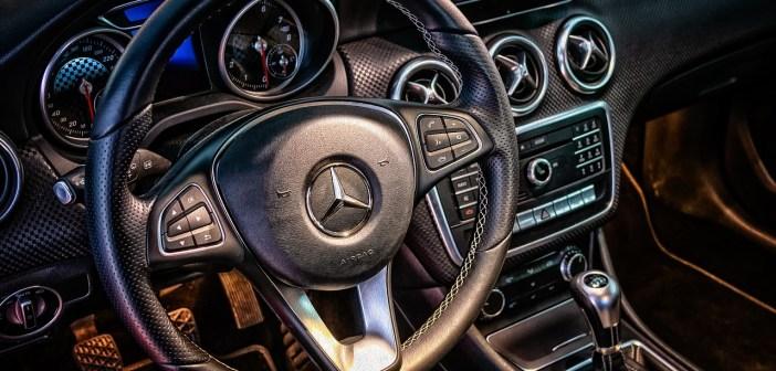 Dlaczego warto kupić samochód używany z salonu?