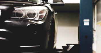Na co zwrócić uwagę, kupując używane części do samochodu?