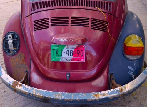 Hollie Taylor Novak. Nobody loves funky, rusty, interesting old junky cars like I do. Its what makes Mexico so charming. I see Texture, Color, Rust, all things I love. Getting all the use you can out of the objects in your life and being resourceful is worthy in my book.