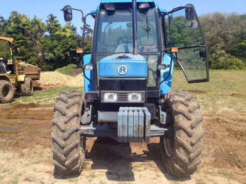 New Holland 6640