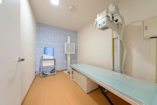 当院では、最新鋭の装置を導入し、レントゲン撮影時の被曝線量を大幅に低減しています