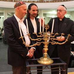 Papa Francisco entre os 50 judeus do ano