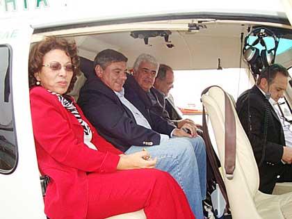 Para transportar ministra, helicóptero deixou de socorrer 75 pessoas em SC Nos dias em que Ideli Salvatti usou aeronave do Samu, 73 pessoas ficaram feridas e duas morreram nas estradas de Santa Catarina