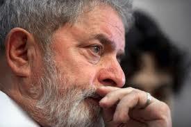 Lula desabafa contra os que ''torcem contra o País''