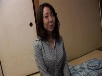 競泳水着姿で生セックスして夫婦の悩みを解消する五十路熟女妻の日活 無料yu-tyubu田舎