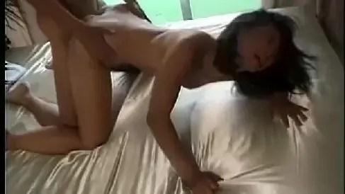 スタイルの良い美熟女が生ちんこを懇願し淫乱に悶え昇天していく昔の裏ビデオ