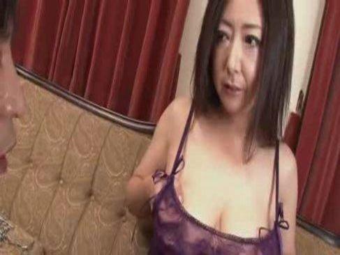 スケスケ下着の六十路おばさんが相互オナニーから生エッチする日活 無料yu-tyubu