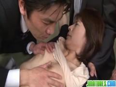 矢部寿恵がレイプされてるおばさん動画