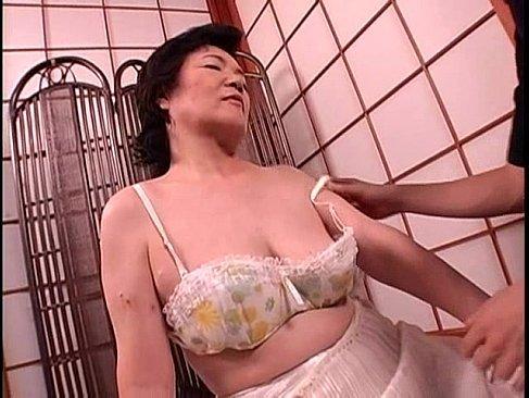 jyukujo60歳の完熟したおばあさんが高齢者の夫婦生活を思いだすおめこな長編のセックス動画無料