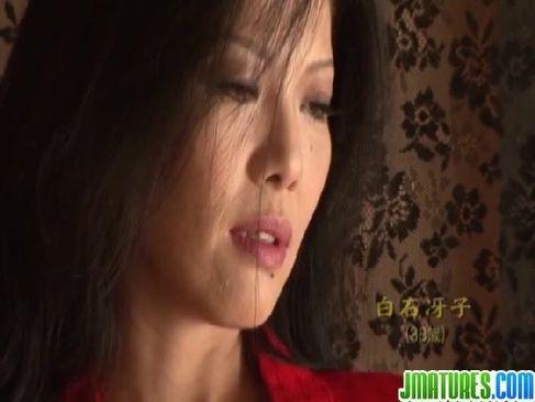 妖艶な美貌が素敵な四十路熟女妻が熟年no夜/ 40代で絶頂するじュクじょ kiss