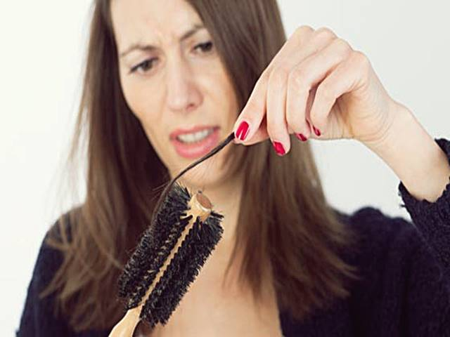7 Obat Rambut Rontok di Apotik & Alami Yang Paling Ampuh