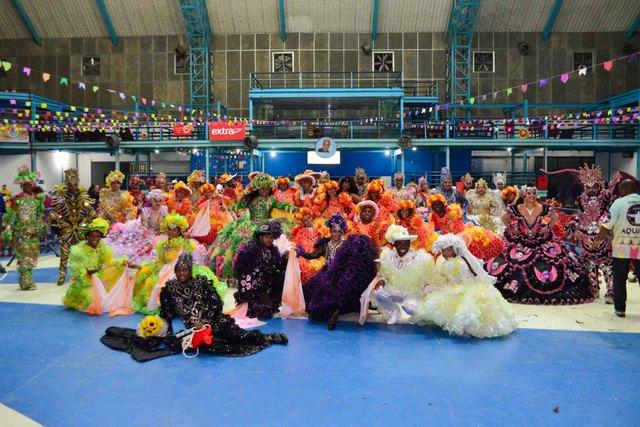U. de Vila Isabel – Festa no Arraiá – Por Eduardo Hollanda