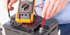 مشاكل الكهرباء – فحص بطارية السيارة باستخدام الملتيميتر
