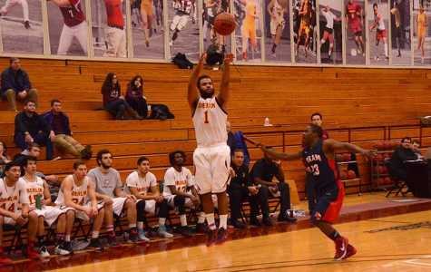 Men's Basketball Splits Pair Against Hiram, Ohio Wesleyan