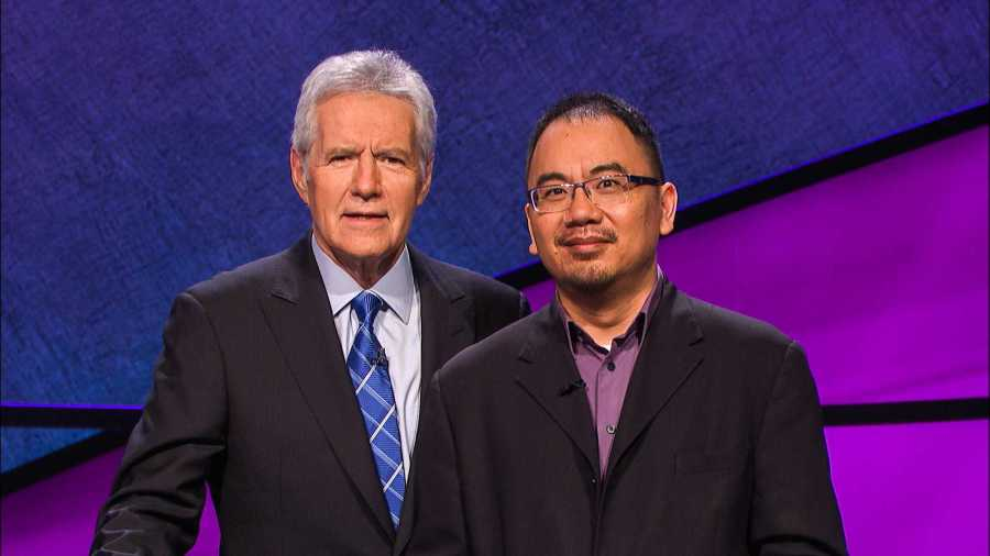 Assistant+Professor+of+Music+Theory+Andrew+Pau+joins+host+Alex+Trebek+on+the+Jeopardy%21+set+before+one+of+Pau%E2%80%99s+six+consecutive+wins.+He+excelled+in+various+topics%2C+including+Shakespeare+and+U.S.+governors.