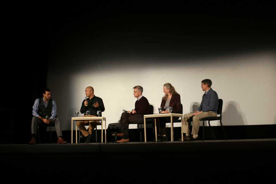 Director+John+Beder+leads+a+panel+of+Conservatory+faculty+at+the+Apollo+Theatre+Wednesday+night+after+screening+his%0Afilm+Composed.+Discussion+revolved+around+the+film%E2%80%99s+exploration+of+performance+anxiety+in+professional+musicians%2C%0Ahoping+to+shed+light+on+a+little-discussed+area+of+the+music+world.