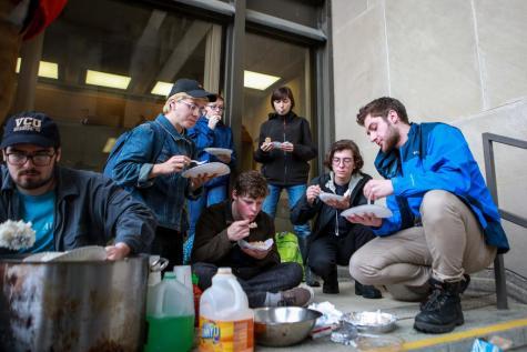 Students, CDS Workers Protest Bon Appétit