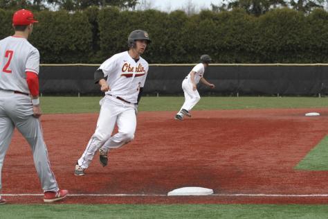 Big Red Sweeps Yeomen Baseball