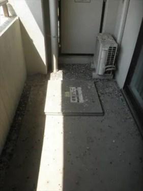 大阪市西区のマンションのベランダクリーニング