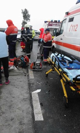 accident dn21 slobozia noua - iazu 03