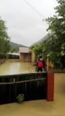 inundatii bacau - pompieri ialomita (2)