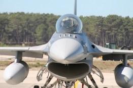 avioane-f-16-12