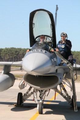 avioane-f-16-8
