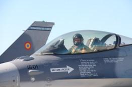 avioane-f-16-9