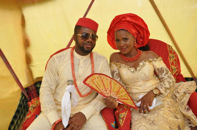9ab108ef0a1 ... to the suitor who is always accompanied by his parents and well wishers  after doing the traditional things that are involved igbo traditional  marriage