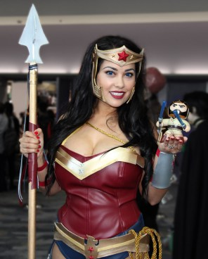 Wonder Woman @jean_gomez_cosplay