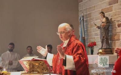 El Jefe del Estado Mayor General del Ejército saludo a Mons. Olivera en el 3° Aniversario de su Ministerio Episcopal