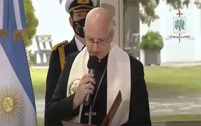 Mons. Olivera | Que en cada uno de estos hijos a quienes la Nación y sus autoridades  les confían diversas responsabilidades, brille la luz clara de los valores permanentes de la Patria