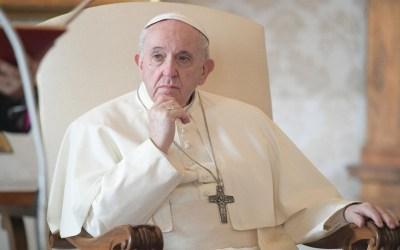 Papa Francisco | En la oración, el cristiano se sumerge en el misterio de Dios que ama a cada hombre, ese Dios que desea que el Evangelio sea predicado a todos