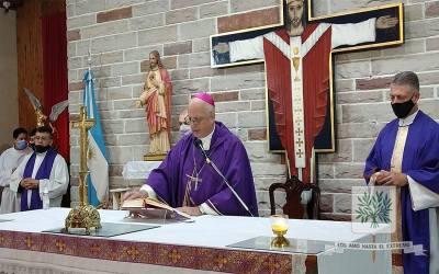 Mons. Olivera | Una sincera oración siempre nos pone en una actitud de adhesión a la voluntad y al proyecto de Dios