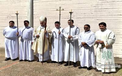 Mons. Olivera | Quiera Dios que, con la oración perseverante, porque el Señor escucha a su pueblo, tengamos Pastores para servirlos