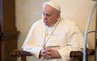 Papa Francisco | Las oraciones siempre renacen: cada vez que juntamos las manos y abrimos nuestro corazón a Dios