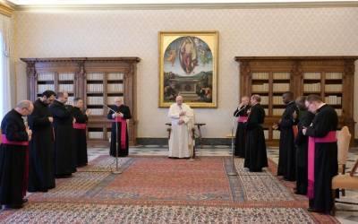 Papa Francisco | La oración es diálogo con Dios