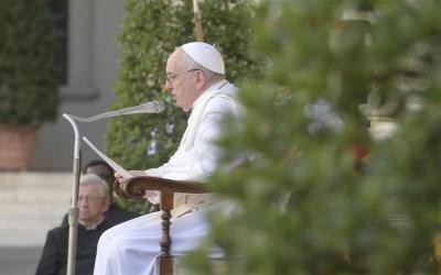 Papa Francisco | Las vacunas traen esperanza para acabar con la pandemia, pero sólo si están disponibles para todos y si colaboramos unos con otros