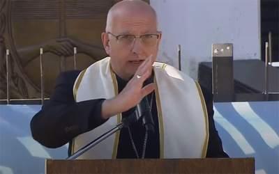 Mons. Olivera | Agradezco su labor, les dejo mi bendición y que la Virgen María, nuestra Madre que cuida a cada uno de ustedes los cubra con su manto