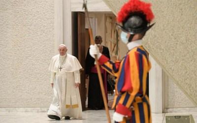 Papa Francisco | La esperanza no decepciona nunca, la esperanza nunca va sola, sino juntos