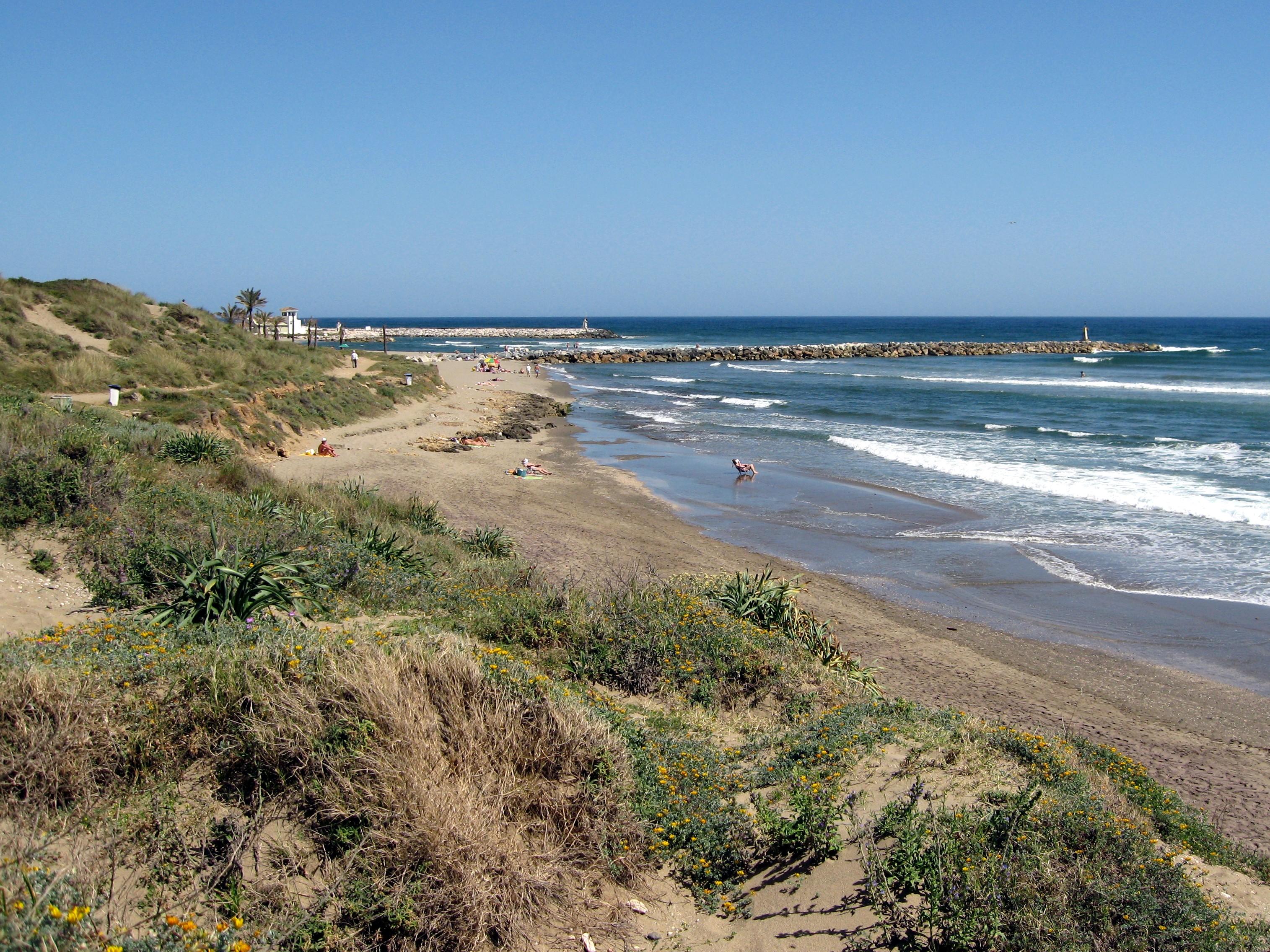 cabane en bord de mer antoine filissiadis parti à Chypre
