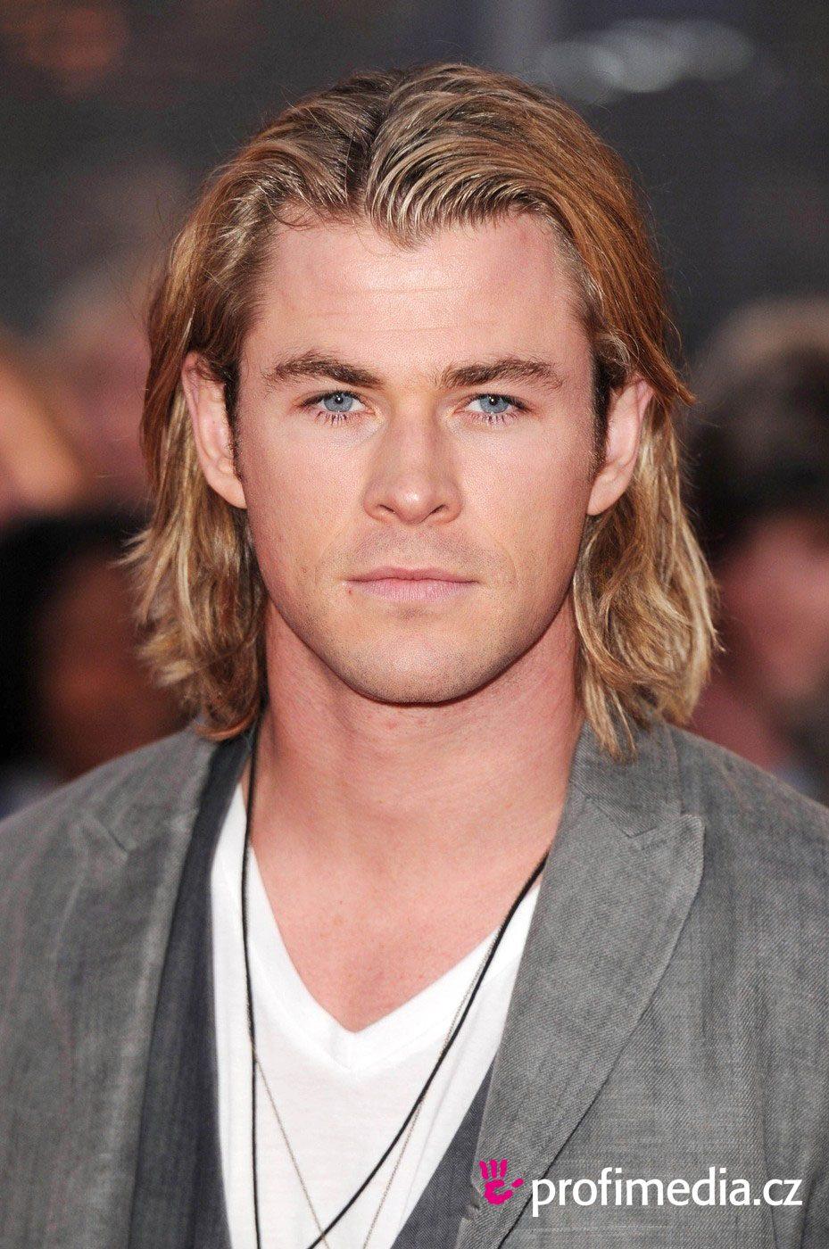 Chris Hemsworth cheveux longs sans barbe