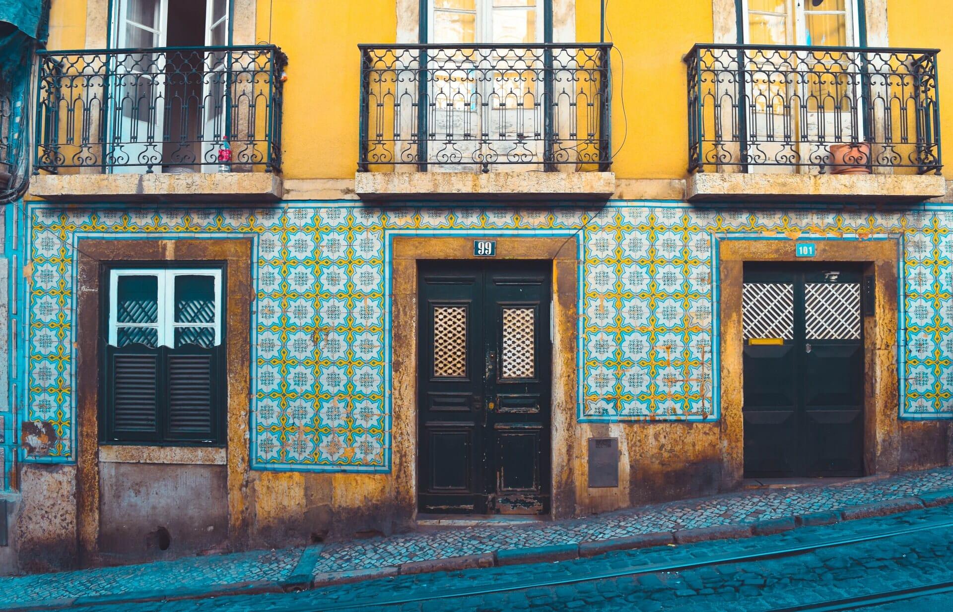 Lisbonne facade mosaique