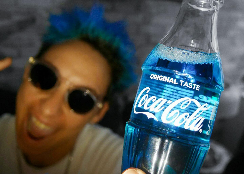 Virgo cheveux bleus