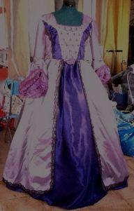 La robe de Nuray, toujours prise avec mon Ipad, la qualité de la photo est vraiment affreuse !