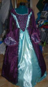 La robe de Solène (à partir de là j'avais récupété mon appareil photo... ;-) )
